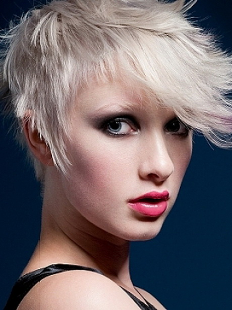 Amazing short haircuts for women
