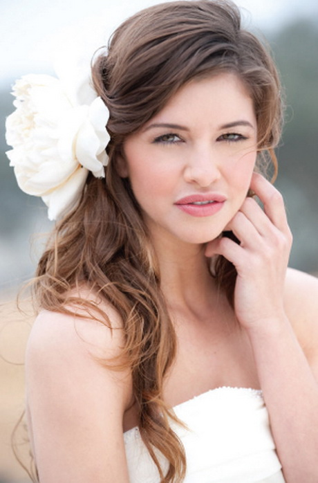 Beautiful Bridal Hairstyle For Long Hair: Beautiful Bridal Hairstyle