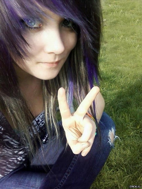 Emo Hairstyles on Pinterest | Emo Hairstyles Emo Hair and Emo