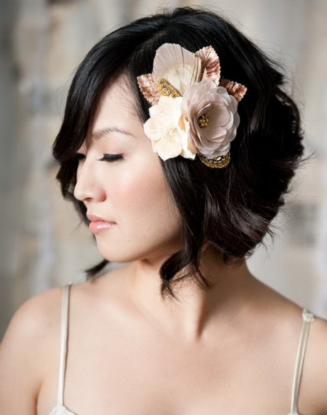 Hairstyles for bridesmaids with short hair