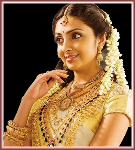 Kerala Bride Simple Hairstyle: Kerala Bridal Hairstyle