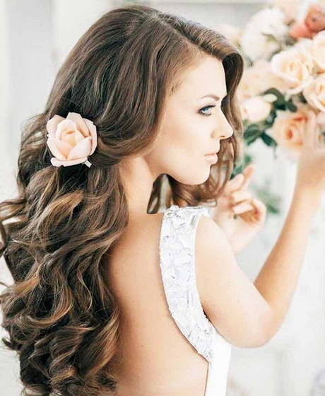 Beach Wavy Wedding Hairstyles: Long Wavy Bridal Hairstyles
