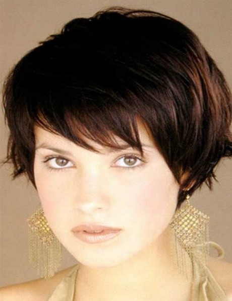of cute short haircuts for women