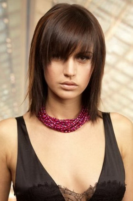 Shoulder Length Straight Haircuts