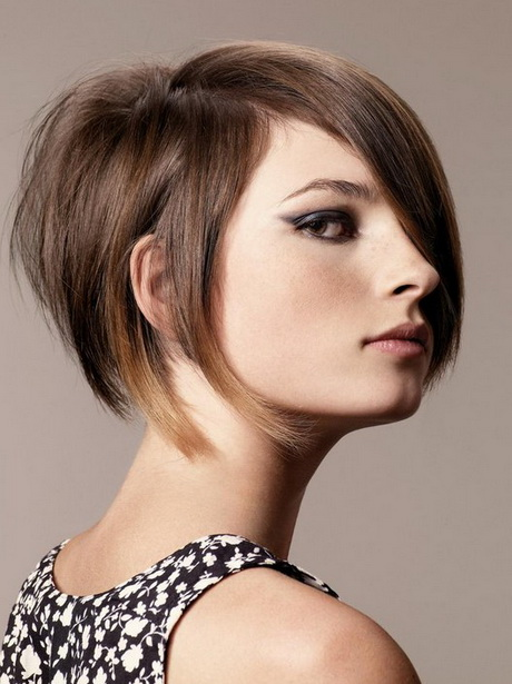 Stacked short haircuts for women - photo#34