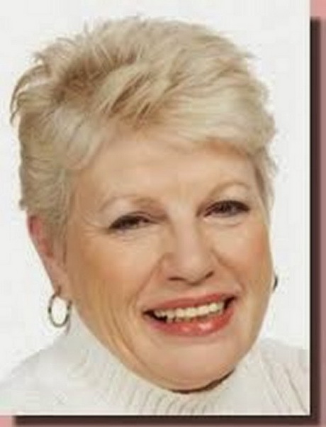 Stylish Short Haircuts For Women Over 60
