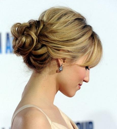 Bridal Updo Hairstyle For Medium Hair