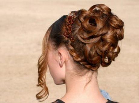Senior prom hairstyles