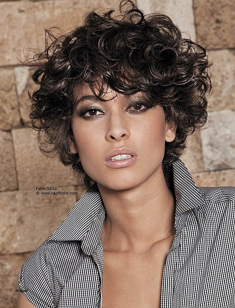 2018 curly short hairstyles