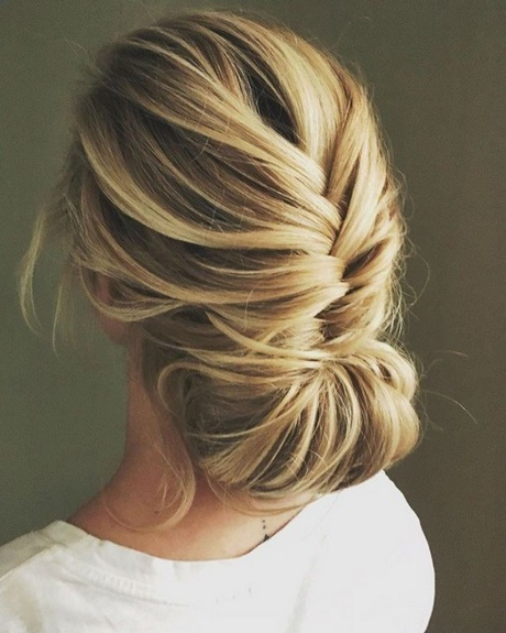 35 Wedding Hairstyles Discover Next Year S Top Trends For: Upstyles For Weddings 2018