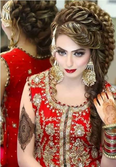 Latest Pakistani Beautiful Bridal Hair Style 2016