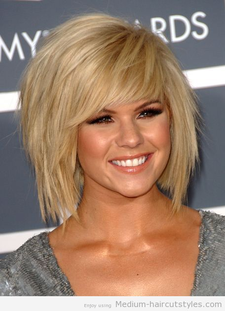 Short To Medium Hairstyles For Women Over 50: Haircuts For Short To Medium Hair