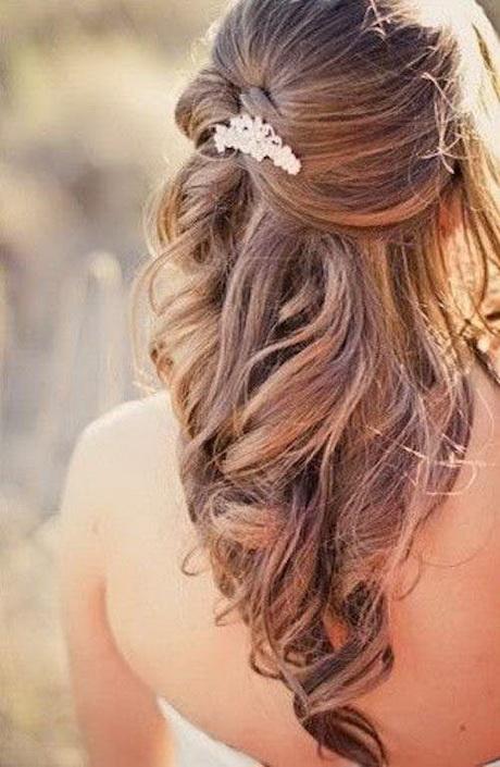 Photos of brides hairstyles beach wedding hairstyles photos brides junglespirit Choice Image