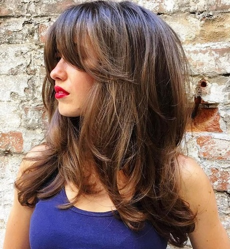 Long hairstyles with bangs 2019 - photo #5