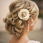 Beach wedding hair styles