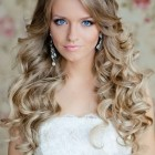 Blonde wedding hair