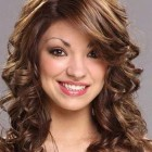 Haircuts for medium length curly hair