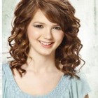 Hairstyles for curly medium length hair