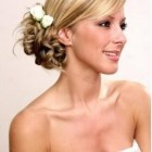 Popular bridal hairstyles