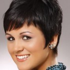 Razor cut hairstyles for short hair