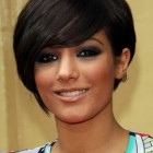 Short hair styles round face