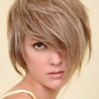 Short medium hair styles
