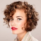 Style short curly hair