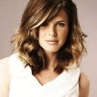 Trendy hairstyles for medium length hair