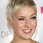 Very short hair styles for women