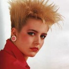 80s short hairstyles women