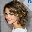 Medium hairstyles for wavy hair