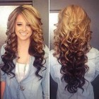 Perfect curly hairstyles