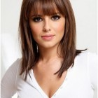 Pictures medium hairstyles bangs