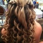 Prom hairstyles curls
