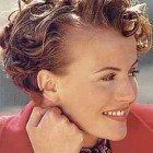 Short curly hairstyles for older women