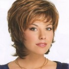 Short trendy hairstyles for older women