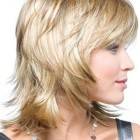 Layered haircuts for medium hair