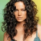 Natural curly hairstyles