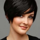 Short haircuts for women pictures