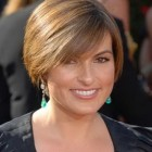 Short hairstyles for 50 women