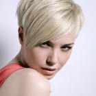 Short hairstyles images for women