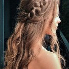 Bridesmaids hairstyles 2020