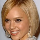 Best short haircuts for oval faces