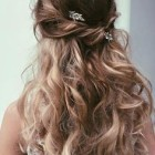 Prom hairstyles down 2017