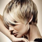 2018 short hairstyles women