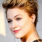 Hairdos for pixie cuts