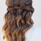 2019 prom hairstyles for medium length hair