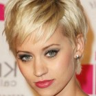 Short hairstyles for thin hair 2019