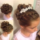 Elegant hairstyles for little girls