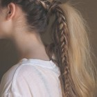 Simple braid designs